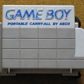 Game Boy Portable Carry-all (fermé)