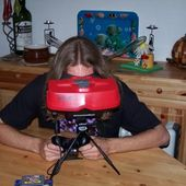 Virtual Boy ... assis (2) !
